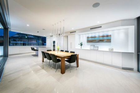 salle séjour - City Beach House - par Banham Architects - Perth, Australie.jpg