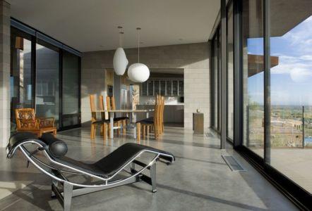 salle séjour - Mountain-Residence par Chen Suchart Studio - Arizona, USA