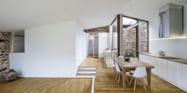 salle séjour & cuisine - House-Without-Windows par Cubus - Lugo, Espagne