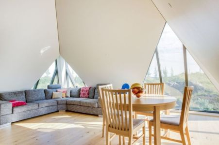 salle séjour & salon - Vacation-home par Stunning Pyramid - Thingvellir, Islande