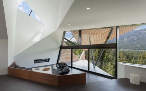 salon - Hadaway house par Patkau architects - Whistler valley, Canada