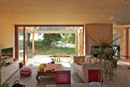 salon - Maison D par Fouquet Architecture - Coueron, Loire-Atlantique, France.jpg