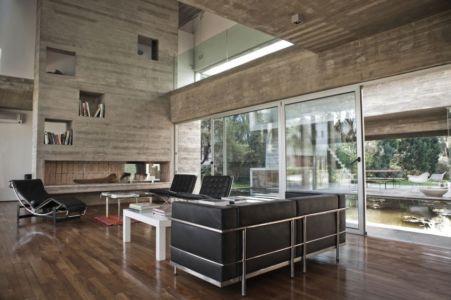 salon - Torcuato House par BAK arquitectos - Buenos Aires Province, Argentine