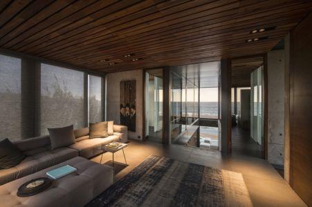 salon étage - Amchit résidence par Blankpage architects -Liban