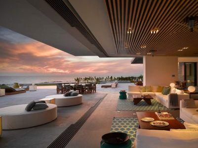 salon & accès terrasse - luxury residence par Ezequiel Farca - Marina de Puerto Vallarta, Mexique