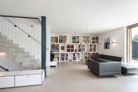salon & bibliothèque - despang par Despang Schlüpmann Architekten - Allemagne