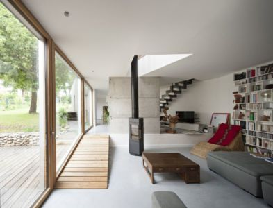 salon & bibliothèque - vlb-maison-bbc par Detroit Architectes - Verrières-le-Buisson, France