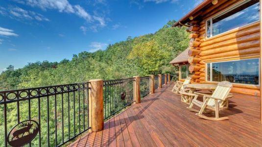 salon bois terrasse balcon - Mountain-Top-Manor - Blue Ridge, Georgie