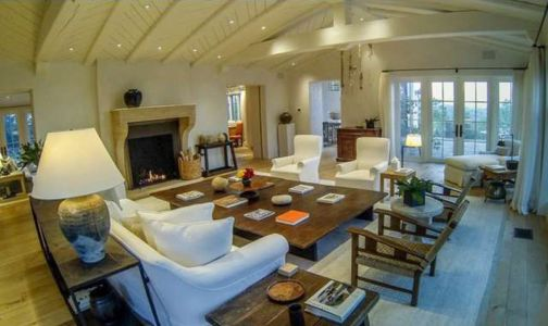 salon & cheminée - Superbe villa de Tom Cruise