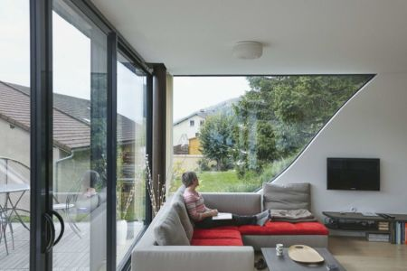 salon & coin TV - House-Hillside par JDS Architects - France
