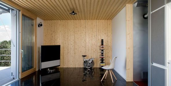 salon & coin TV - Spaceship Home par Noem Spaceship - Madrid, Espagne