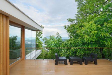 salon design balcon - Hillside-Home par Multiplan Arhiteki - Ljubljana,Slovénie