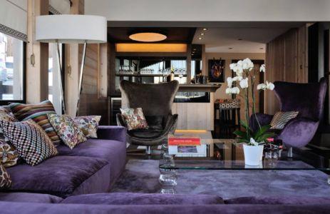 salon et bar - Luxury Chalet par Jean-Marc et Anne-Sophie Mouchet - Courchevel, France