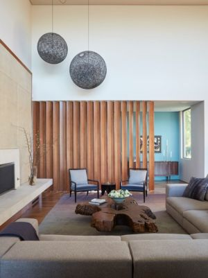 salon et cheminée - Chatauqua Residence par Studio William Hefner - Californie, Usa