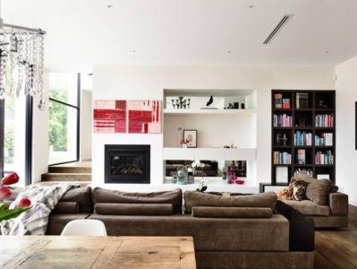salon et cheminée - Kew House par Amber Hope Design - Melbourne, Australie