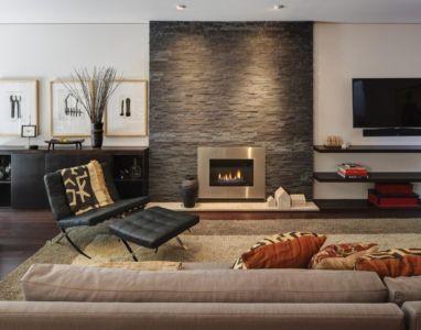 salon et cheminée - Midvale Courtyard House par Bruns Architecture - Madison, Usa