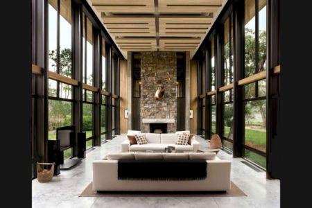 salon et cheminée - SC Modern I par SBCH Architects - Bray's Island, Sheldon, Usa