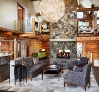 salon et cheminée double - chalet contemporain Thunderhead, Colorado, Usa