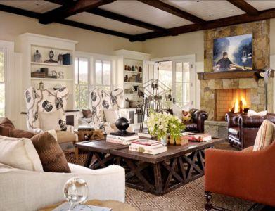 salon et cheminée rustiques - Transitional Farmhouse Design par Total Design - Calistoga, Californie, Usa