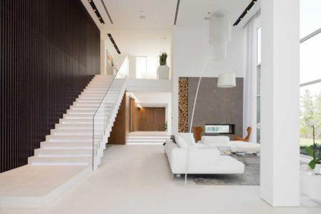 salon et escalier - Villa Agalarov par SL Project - près de Moscou, Russie