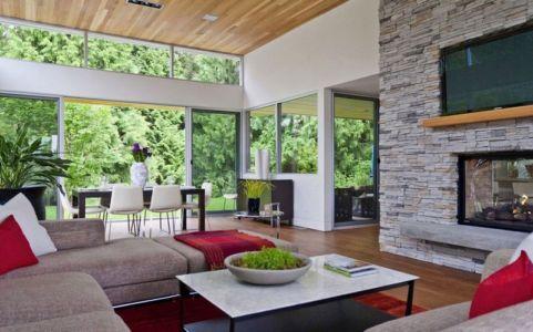 salon et séjour - Forest House par Garret Cord Werner - Vancouver, Canada