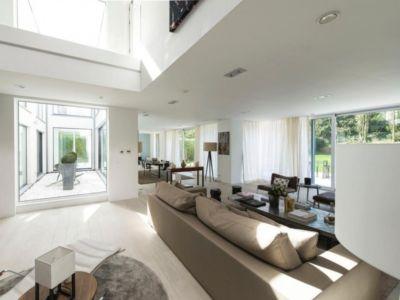 salon et séjour - magnifique propriété à vendre à Uccle en Belgique