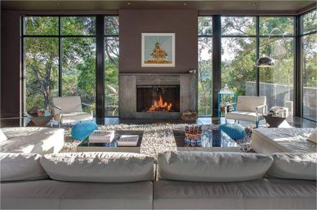 salon & grande baie vitrée - Hills-Residence par Specht Harpman - Texas, USA