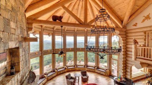 salon & grande baie vitrée - Mountain-Top-Manor - Blue Ridge, Georgie