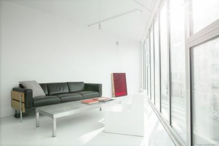 salon & grande baie vitrée - Saganaki House par BUMParchitectes, France