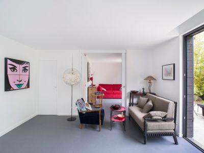 salon - maison entre deux par Clément Bacle - Rennes, France - photo Martin Argyroglo