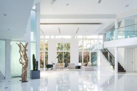 salon & plante intérieure - The Ark-480 Ocean Blvd par Relance New York - Floride, USA