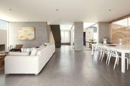 salon & séjour - House-Poseidon par Domenack arquitectos - Pucusama, Pérou