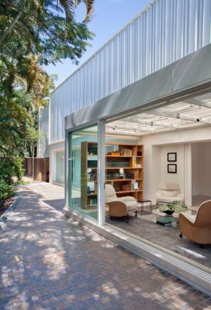 salon terrasse - Brise House par Gisele Taranto Arquitetura - Rio de Janeiro, Brésil