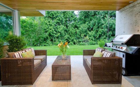 salon terrasse - Forest House par Garret Cord Werner - Vancouver, Canada