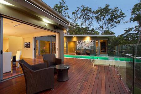 salon terrasse - Treetops Residence par Artas Architects & D Pearce Constructions - Toowong, Australie