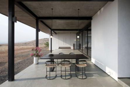 salon terrasse design - Deolali House par Spam Design Architects - Deolali, Inde