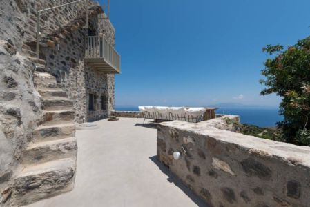 salon terrasse - sterna-residence par Giorgos Tsironis and Greg Haji Joannides - Nisyros, Grèce