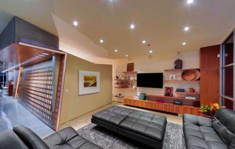 salon tv  - Flute house par The Think Shop Architects - Royal Oak , Usa