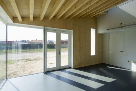 entrée et porte vitrée - Biobased-Living-Concept par DDacha - Pays-Bas