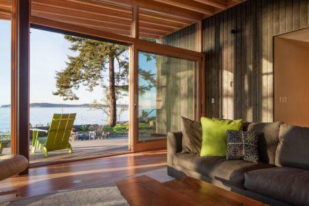 salon & vue sur mer - bunny-lane par Heliotrope-Architects - Washington, USA