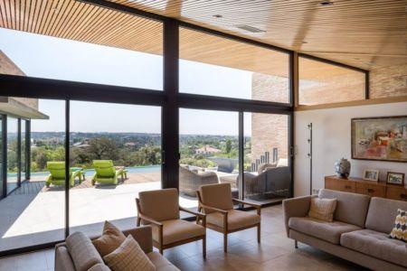 salon & vue terrasse House-Molino par Mariano Molina Iniesta, Espagne