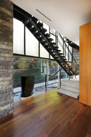 sculpture et escalier - East Windsor Residence par Alterstudio - Austin, Usa - Photo Paul Finkel
