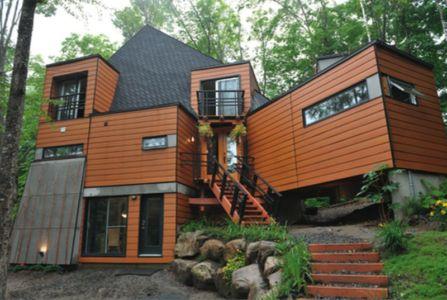 shipping-container-house - Bernard Morin - Canada
