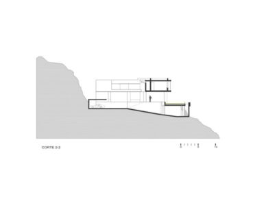 site section 1 - House-Hillside par Benavides & Watmough arquitectos - Santiago, Pérou