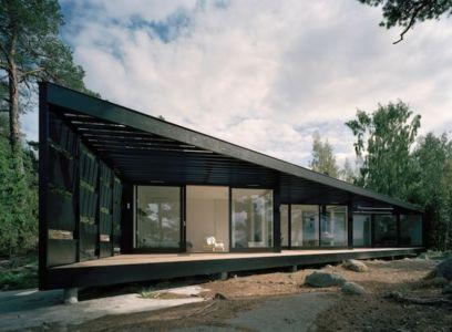 smart black house par Tham & Videgård - Tjajkovski, Suède - photo Åke Eson Lindman - + d'infos