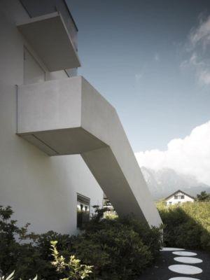 escalier béton extérieur - o-house par Philippe Stuebi - Lucerne, Suisse