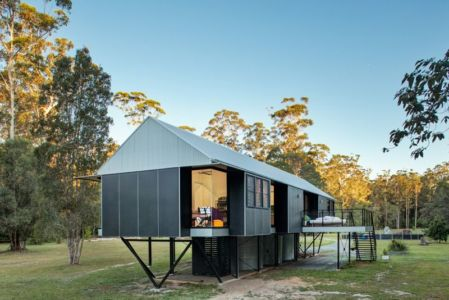 structure métallique sur pilotis - house-built-zone par Robinson Architects - Pomona, Australie