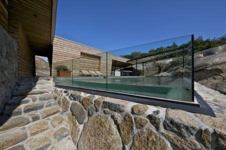 structure piscine en verre - Summer-House par JVA - Vestfold, Norvège