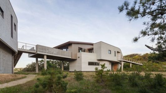 studio et passerelle - House of Shifting Sands par Ruhl Walker Architects - Wellfleet, Usa