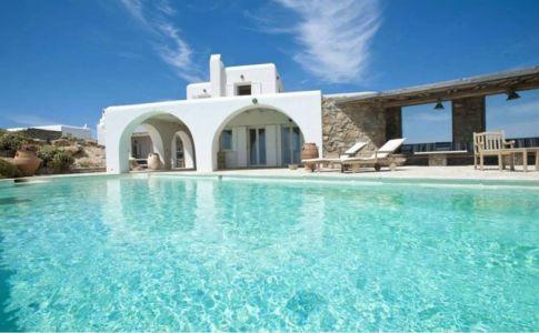 superbe piscine - villa-grecque - île Mykonos, Grèce
